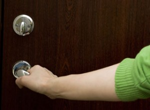 avoid-blame-for-unlocked-doors-in-commercial-carpet-cleaning